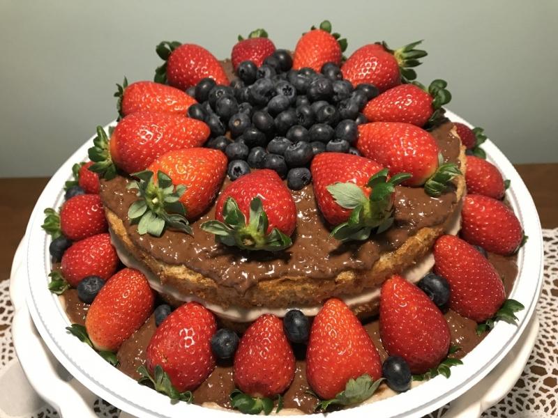 Confeitaria de Naked Cake com Frutas Jardim Guedala - Naked Cake de Coco