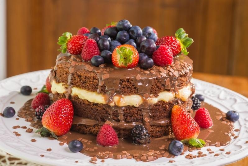 Naked Cake para Aniversário Cerqueira César - Naked Cake Funcional
