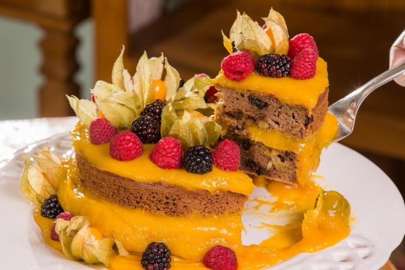 Naked Cakes com Frutas Jardim Guedala - Naked Cake sem Glúten