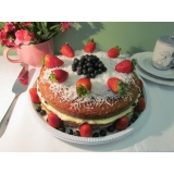 naked cakes com morangos Jardim América